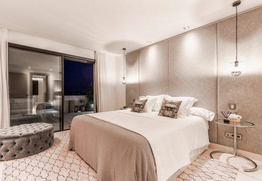 Luxury Family Home In Los Naranjos Golf Nueva Andalucia