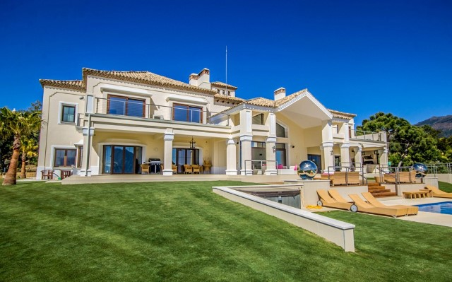 stunning-and-prestigious-villa-for-sale-in-la-zagaleta-costa-del-sol49 - Copy